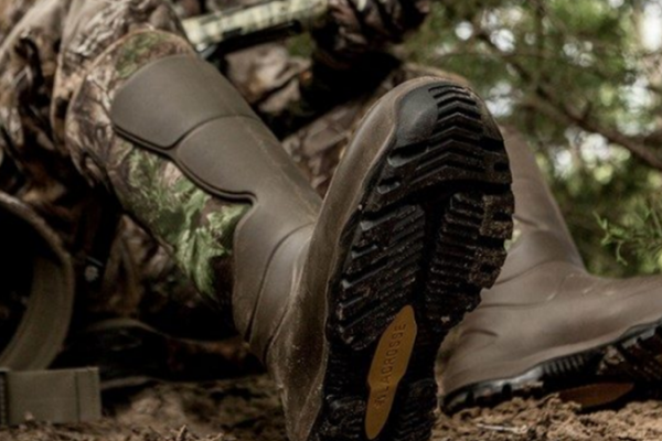 Why-Rubber-Boots-For-Hunting