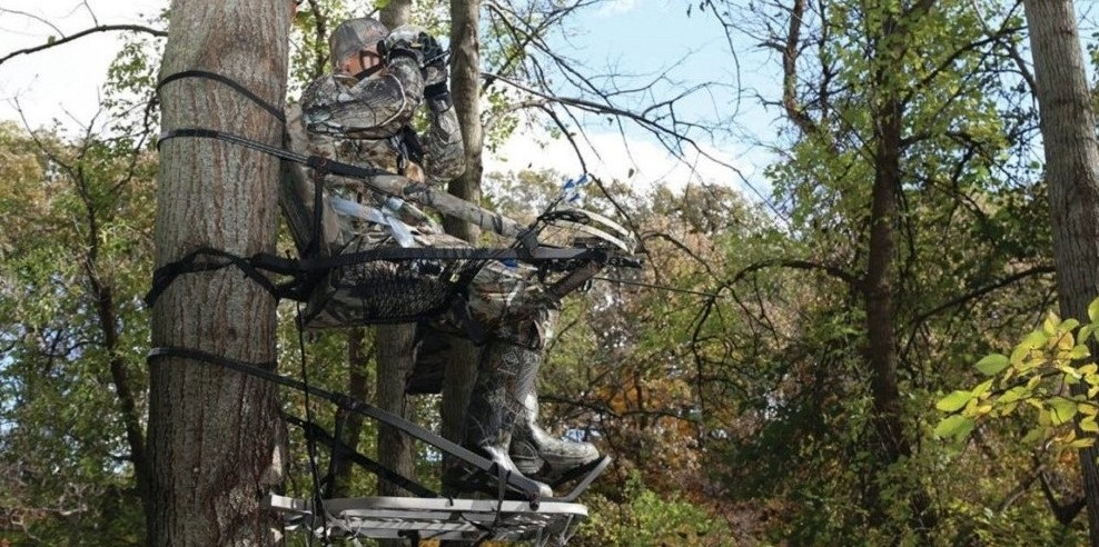 How Do You Use A Climbing Tree Stand?