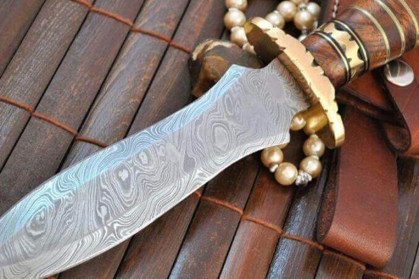 How To Maintain A Hunting Knife?